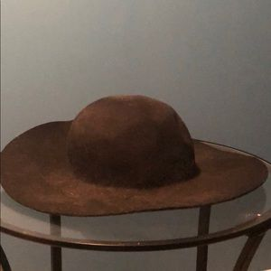 Floppy, fall hat